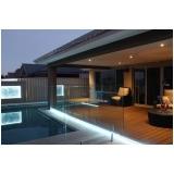 iluminação na piscina Água Funda
