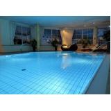 manutenção piscina pequena
